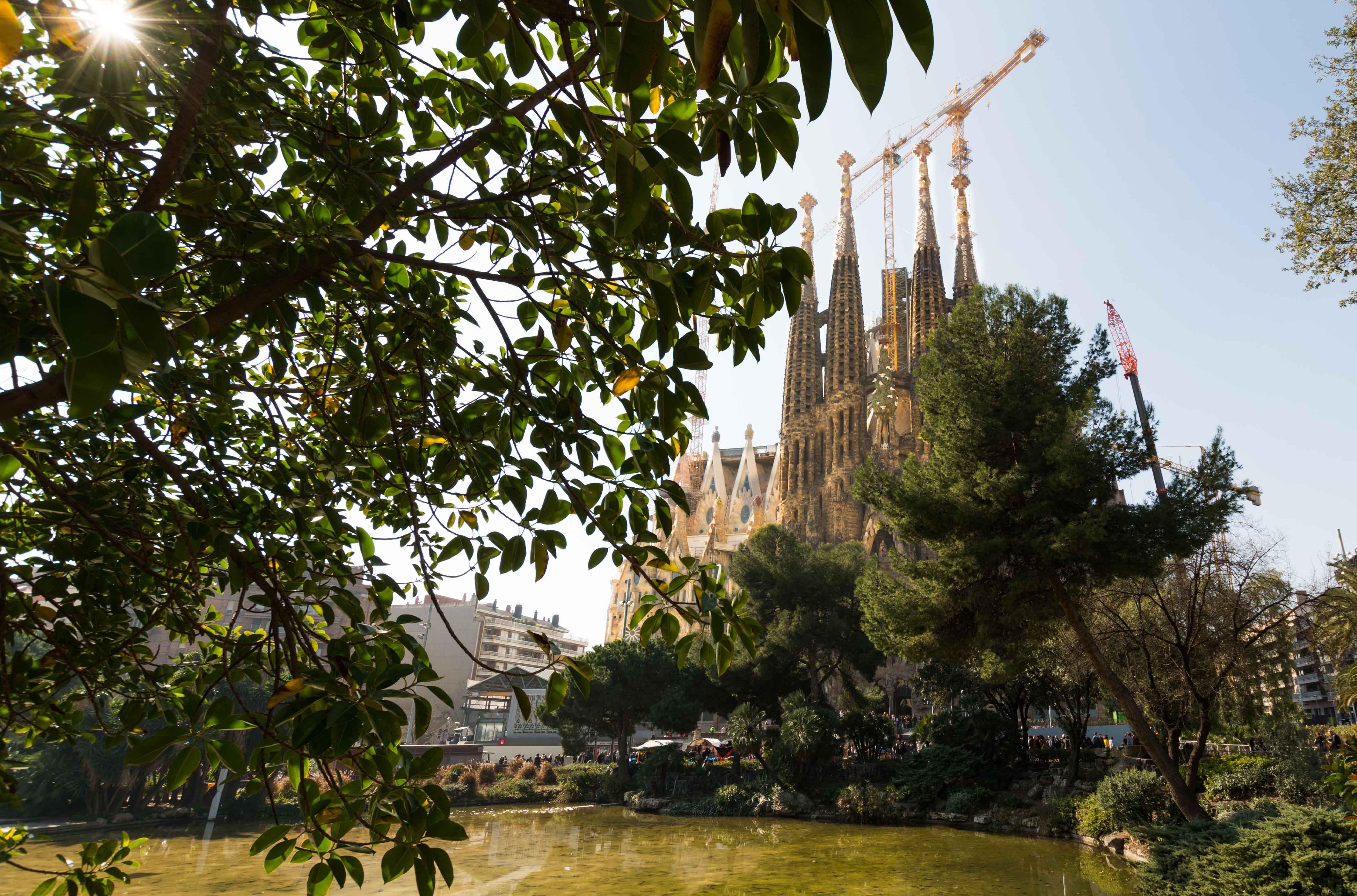 Der See im Park neben der Sagrada Familia ist ein besonders schönes Fotomotiv