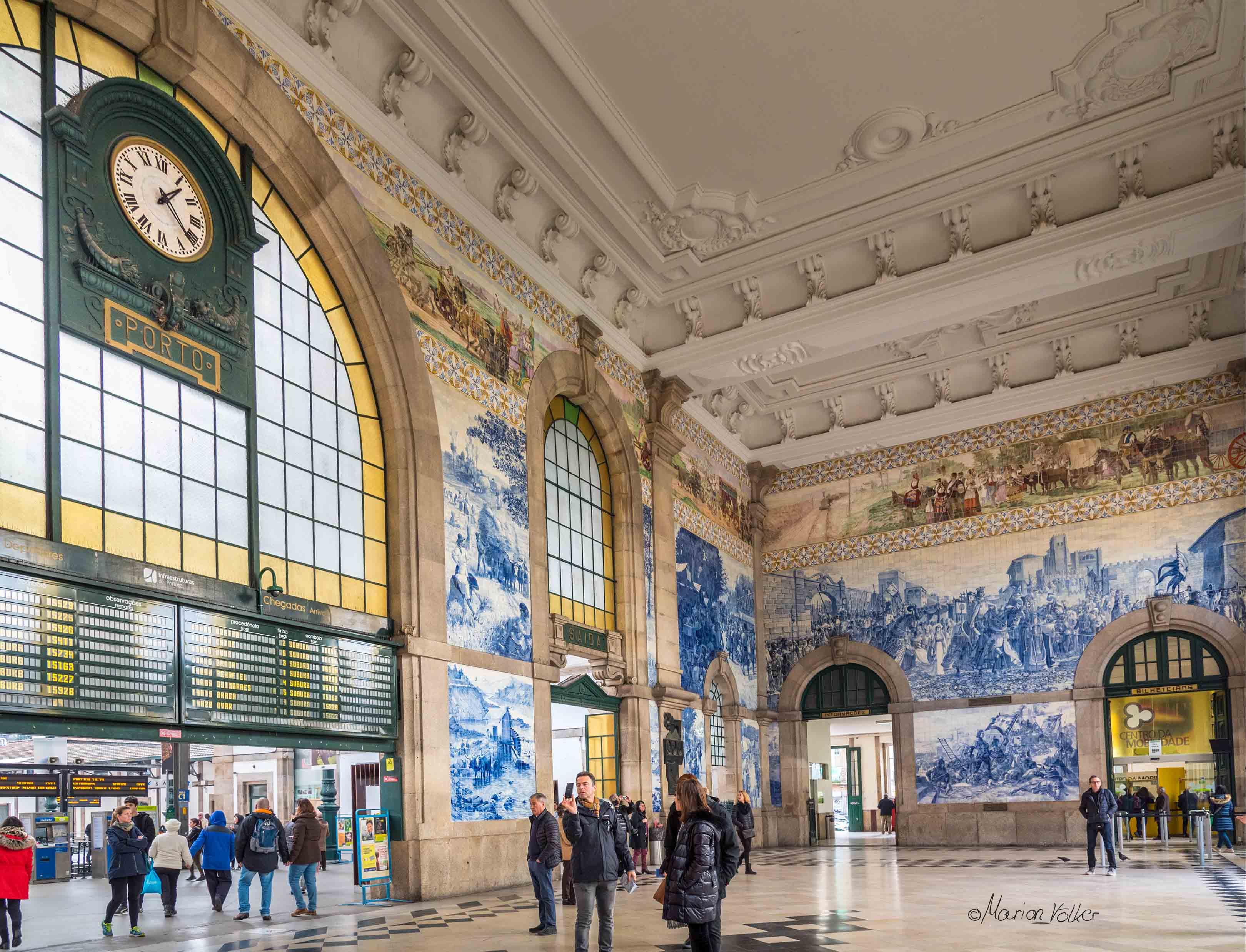 Auf den Wänden der Station São Bento kann man Ereignisse der Geschichte Portos bestaunen