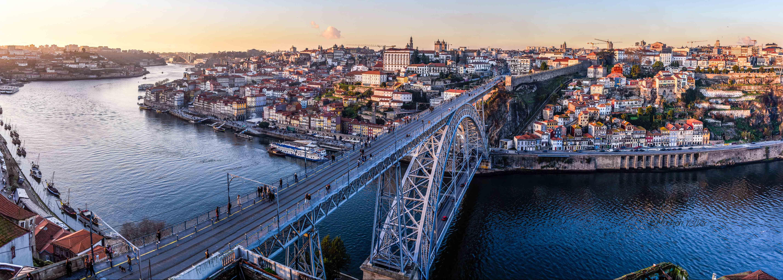 Die Ponte Dom Luís I ähnelt in ihrer Bauweise dem Eifelturm in Paris